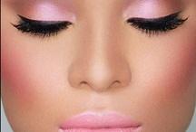 Make Up / by Keri Chapman