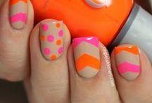 Nail art / by Fashionismo