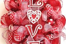 Lotsa Love... / Sweet things about love, love, love. / by Linda Aarhus