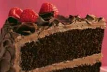 Food~Cakes / Different styles of cakes/cupcakes & ideas  / by Tiffany Carpenter
