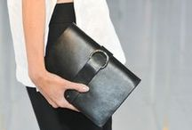 carry •  clutch bags