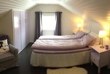 Guest room / Et rom til våre gjester. Sov godt i Lavendel-rommet og få en god start på dagen.