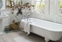 Bathrooms / If your bathroom is in dire need of improvement, here are some stunning bathrooms to give you ideas for your own