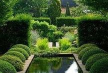 Outdoor Spaces / Lovely #outdoor spaces, gardens, patios and water features