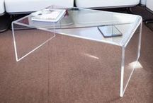 Clear acrylic coffee table / Clear coffee table for living rooms. Modern design #plexiglass #table #acrylic #design #tavoli #shop #online #perspex  Design shop online: www.designtrasparente.com / by Designtrasparente shop online