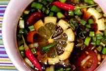 Food: Guam Chow / by Bahia Ramirez