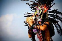 ⚬ DIVERSIDAD CULTURAL ⚬ /   La diversidad cultural refleja la multiplicidad e interacción de las culturas que coexisten en el mundo y que, por ende, forman parte del patrimonio común de la humanidad.  La diversidad cultural se manifiesta por la diversidad del lenguaje, de las creencias religiosas, de las prácticas del manejo de la tierra, en el arte, en la música, en la estructura social, en la selección de los cultivos, en la dieta y en todo número concebible de otros atributos de la sociedad humana.  / by ღ Isela Alejandra Vidrio León ღ