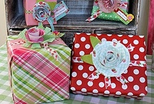 Gift Wrapping / by Melissa Hurdle