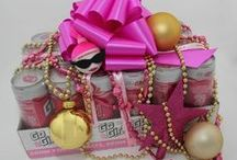 GIFT IDEAS / by Go Girl Energy