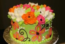 cakes that inspire me~ / by Rebecca Green