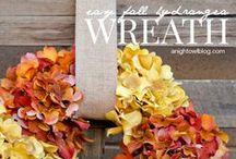 DECOR - Wreaths & Swags