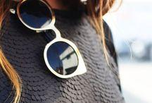 Moda / i can dress myself / by Alison Macaroni