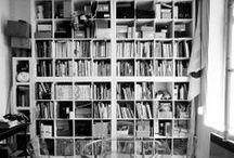 """""""In situ, graphistes en atelier"""" / Dans le cadre de son projet """" In situ, graphistes en atelier"""" Pascal Béjean photographie le studio horstaxe."""