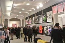 """REGARDER / Vernissage de l'exposition """"REGARDER"""" de Vincent Perrottet à la galerie Poirel à Nancy. Plus de 450 affiches et un grand nombre d'objets d'édition reflètent la richesse de la création visuelle, essentiellement des 30 dernières années."""