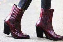 Stuff to Wear / clothes, fashion, women's fashion / by Savvy Brown