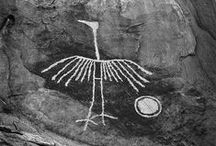 岩面陰刻(Petroglyphs)