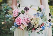 buds + blooms / Inspiration: for gorgeous wedding floral design / by Allure Bridals