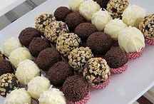 Tasty treats  / by Fruzsina McGinness