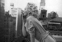 """Marilyn Monroe / """"Siempre habrá una buena razón para quererte. Pueden existir mil razones para no hacerlo, pero no son tan fuertes como para dejar de hacerlo""""."""
