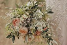Ginger peachy wedding flowers  / We have selected some of our favorite pics on here to share what inspires us as florists. We love Magnolia Rouge so you will see a lot of pics from their wonderful magazine.. ENJOY