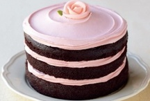Food - Gorgeous Cakes / by Ruth McNeill