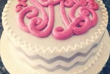 Cupcake and Cake Decorating Ideas  / by Amanda Dixon