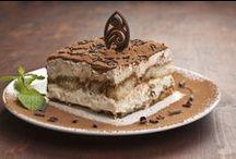 Desserts / by Que Rica Vida