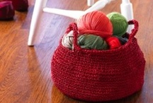 Crochet ~ Baskets & Bags / Crochet patterns baskets and bags/purses. At the time I pinned them, they were all working links, and the pattern was free.