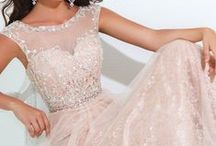 Gowns / by Lauralyn Salinas