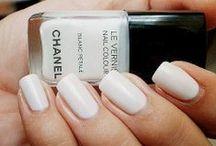 The Perfect Bridal Nails / Bridal nails! Colors, gems, patterns, nail art galore.