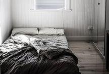 color: grey | Grau / Interiors in grey *** Wohnen in Grau