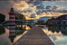 L'Allemagne en bateau / Au nord-est de l'Allemagne, les lacs et canaux sont le paradis des pêcheurs et des vacanciers ! Une superbe région pour partir à la découverte de cette région en bateau sans permis.