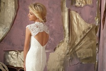 Keleisha wedding dresses / by Tara Jendzio