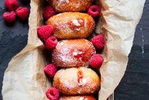 DESSERT recipes / Everyone needs a stockpile of dessert recipes...