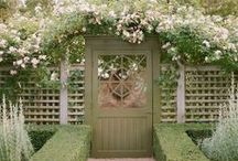 ! ~Inspiration-Gardens~ ! / gardens, manicured garden, topiary, formal garden, roses, romantic garden, secret garden, espalier