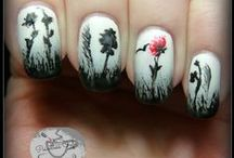 Floral Nail Art / by Pointless Cafe