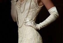 Vintage dresses. / Beautiful vintage and vintage style dresses.  / by Julie Mariner