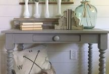 Rustic Farmhouse Decor / Decor that is rustic, farmhouse and industrial. Living room, bedroom, bathroom, DIY projects