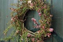 Wreaths / by Sonja JM
