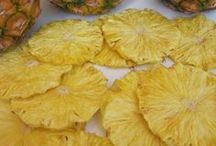 Dehydrating Food / Dehydrating foods and recipes from the kitchen. Using the dehydrator and kitchen tools to make yummy dried foods. Fruits, vegetables, meats, and nut are all easy to dehydrate.