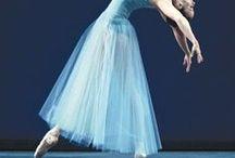 Dance away with me / A wonderful world of dance. Ballet, jazz, modern