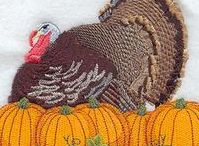 Thanksgiving crafts and recipes / Thanksgiving recipes and crafts. From horn o plenty, turkey to autumn leaves. Thanksgiving is a family time and a family dinner.
