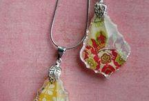 Crafting: Jewelry / by Linda Sanders