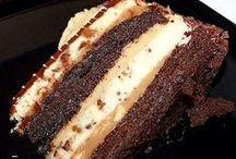 Yummy Cake / by Ashley Ottosen