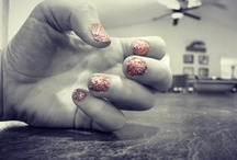 Finger Nails / by Bailee Auna