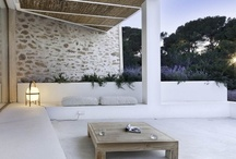 outdoor decorating ideas / by Andrea Masó Amat
