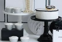 Black cake stand inspiration ♥