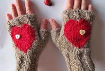 Knit / I love to knit. Yarn and DIY knitting patterns make me happy!