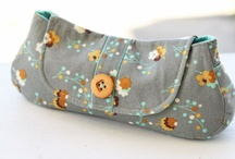 i {heart} bags / I have a bag obsession --  Creating bags/purses --buying them too! Bags are beautifully useful!  / by Jody