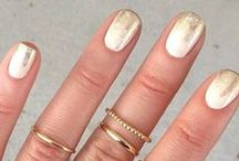 Pretty Party Nails | frendsbeauty / Must have nails for all your holiday happenings.
